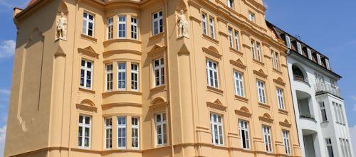 Altbauwohnungen haben oft 3m und mehr Raumhöhe
