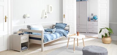 FLEXA-Classic-Einzelbett Systembett Nachtschrank Tisch